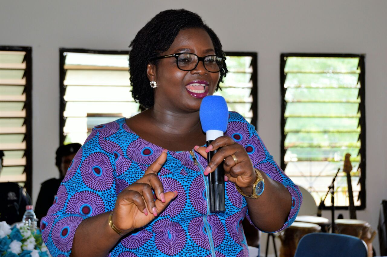 Ghana Electoral Commission representative leads discussion (1)